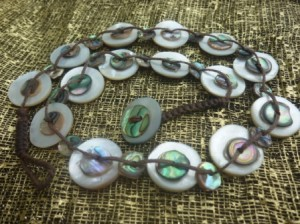 Necklace compress
